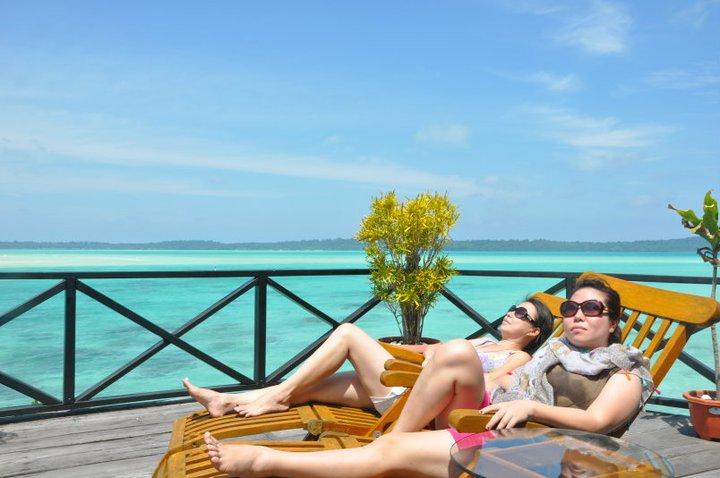 Paket Tour Derawan Island